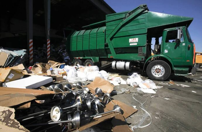 Trash Hauling and Removal-Lubbock Dumpster Rental & Junk Removal Services-We Offer Residential and Commercial Dumpster Removal Services, Portable Toilet Services, Dumpster Rentals, Bulk Trash, Demolition Removal, Junk Hauling, Rubbish Removal, Waste Containers, Debris Removal, 20 & 30 Yard Container Rentals, and much more!