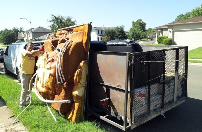 Woodrow-Lubbock Dumpster Rental & Junk Removal Services-We Offer Residential and Commercial Dumpster Removal Services, Portable Toilet Services, Dumpster Rentals, Bulk Trash, Demolition Removal, Junk Hauling, Rubbish Removal, Waste Containers, Debris Removal, 20 & 30 Yard Container Rentals, and much more!